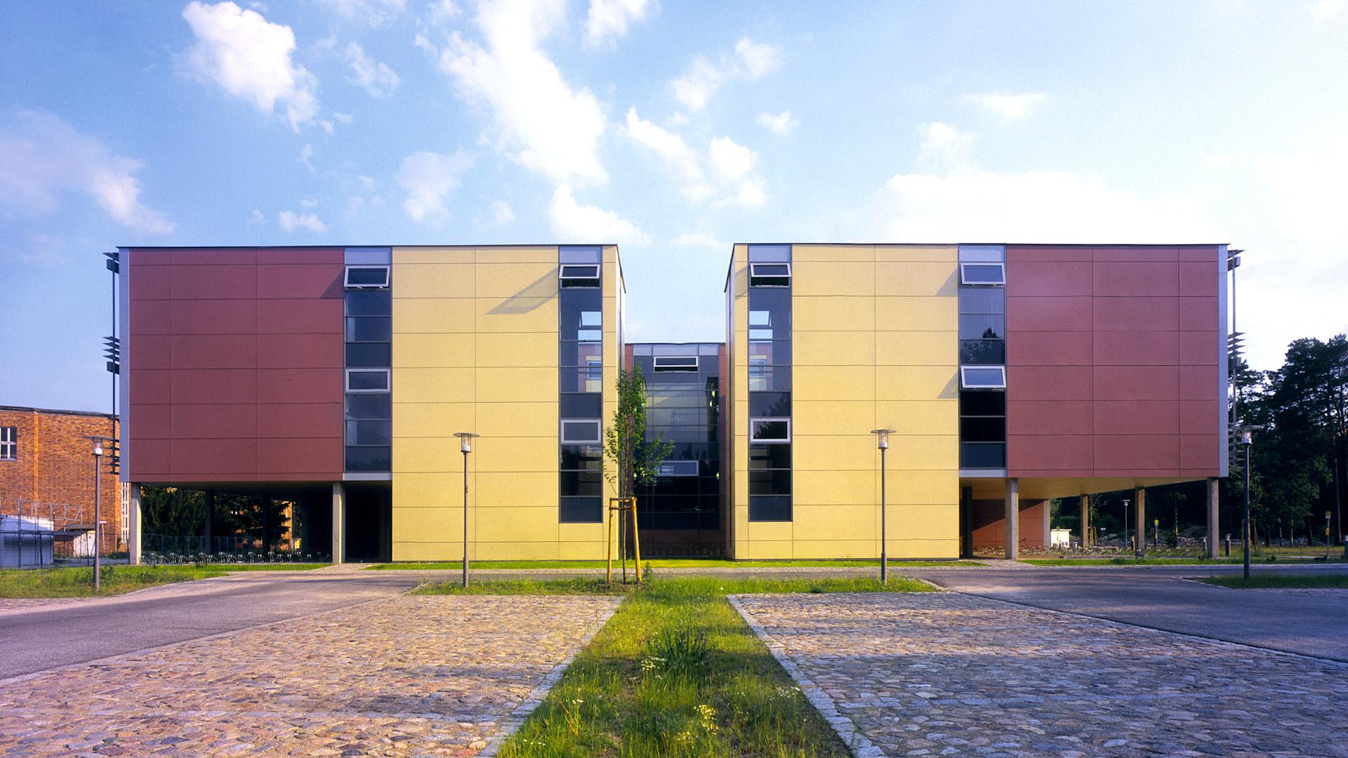 05-barnim-gymnasium-ansicht-w