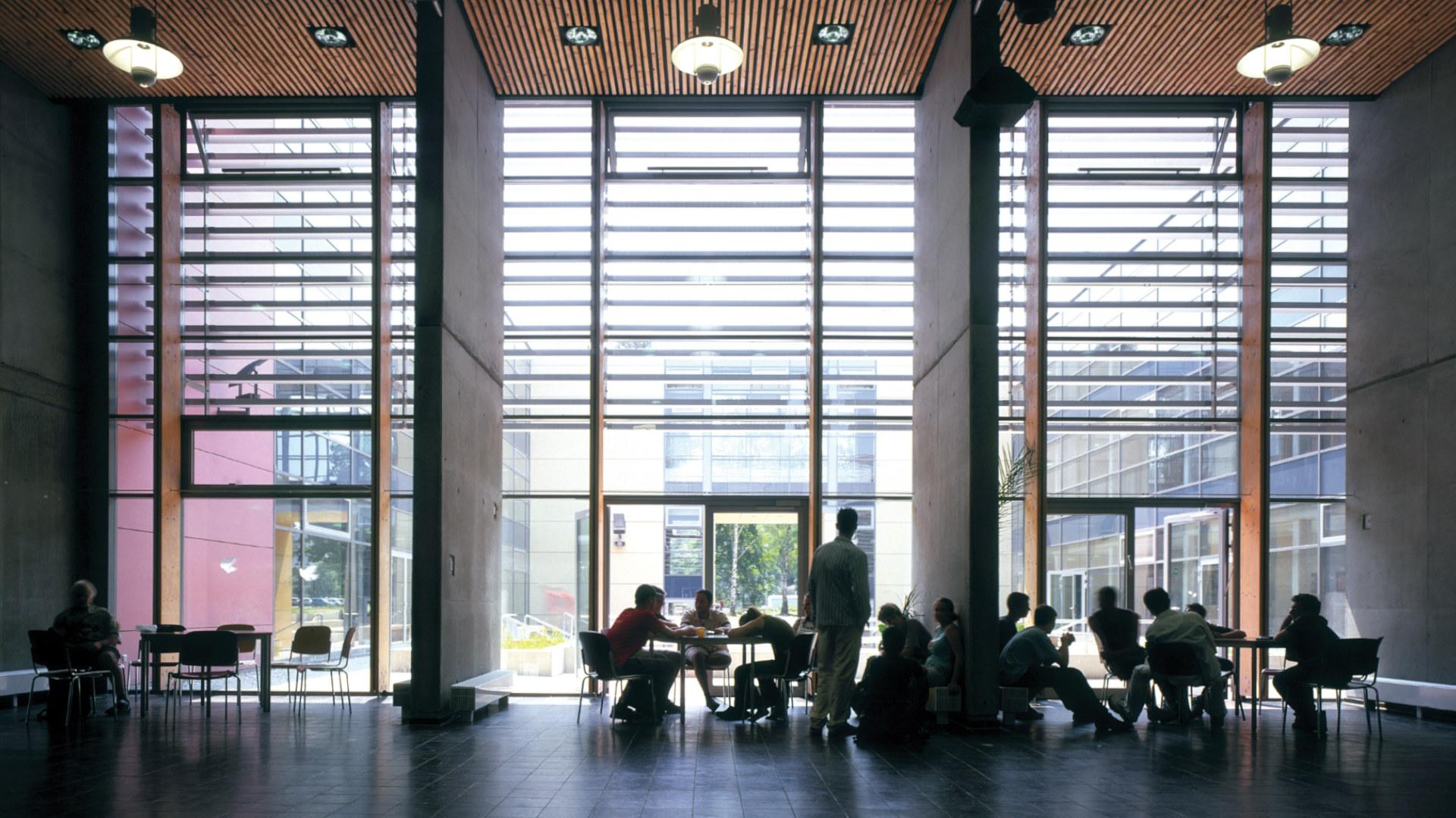 09-barnim-gymnasium-innen-w