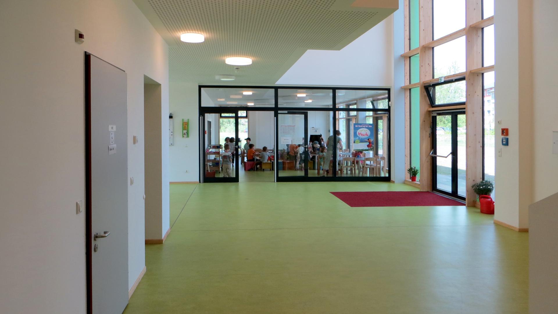 02-Innen-Kindergaertnerei-hd-w